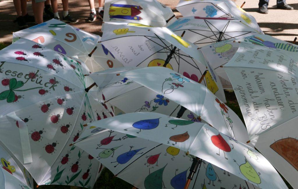 Abenteuer Lesen mit Lese-Schirm-Fest